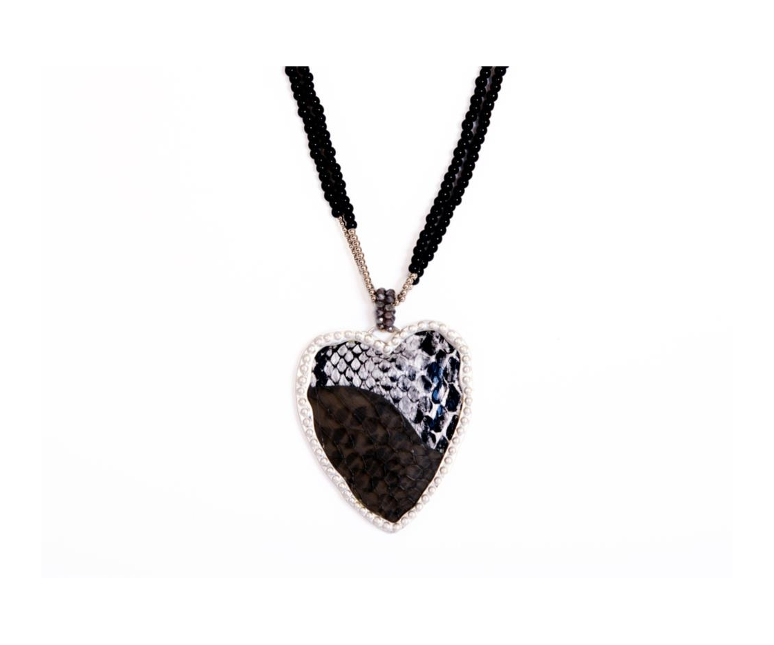 COLLAR COLGANTE CORAZON ESTAMPADOSTRASS